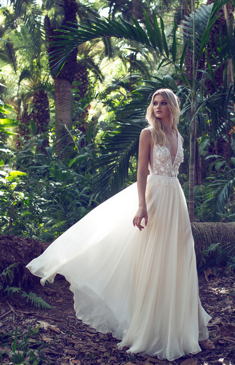 Sian gown from the 2017 Limor Rosen collection, as seen on Bride.Canada