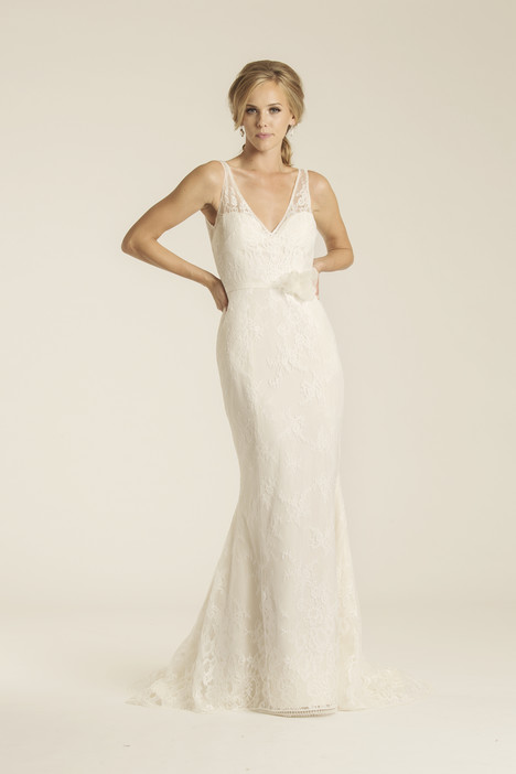 Malibu gown from the 2017 Amy Kuschel collection, as seen on Bride.Canada
