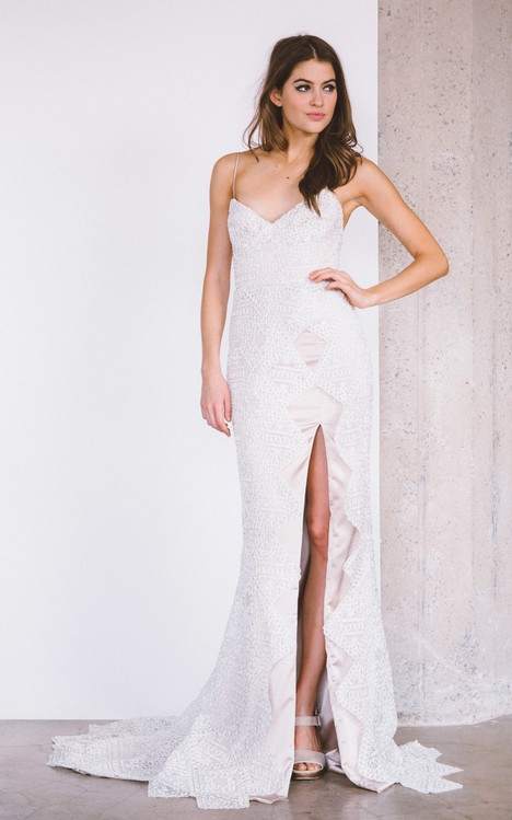 Artesia gown from the 2017 Laudae collection, as seen on Bride.Canada