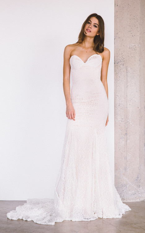Normandie gown from the 2017 Laudae collection, as seen on Bride.Canada