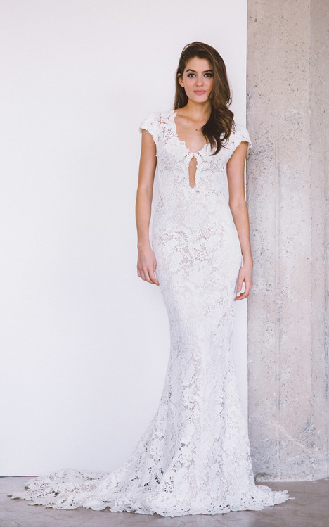 Wilshire gown from the 2017 Laudae collection, as seen on Bride.Canada