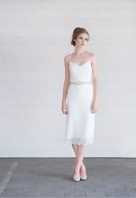 Daurcia gown from the 2017 Lillian Wild collection, as seen on Bride.Canada
