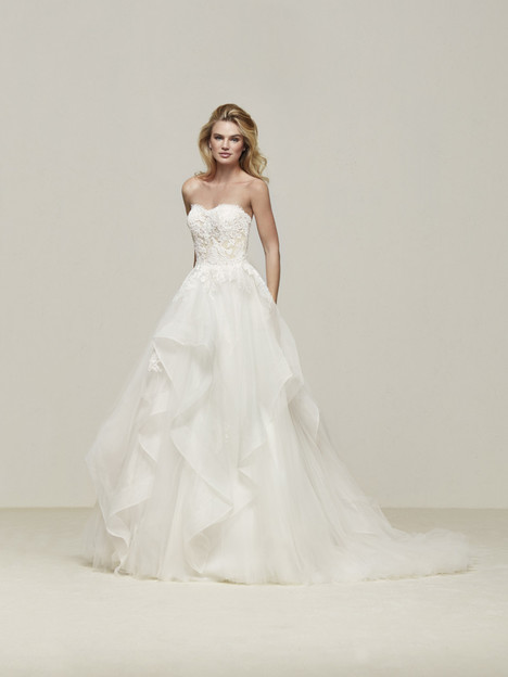 Draval gown from the 2018 Pronovias collection, as seen on Bride.Canada