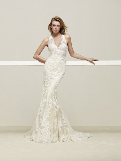 Drilos gown from the 2018 Pronovias collection, as seen on Bride.Canada