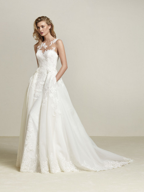 Drum gown from the 2018 Pronovias collection, as seen on Bride.Canada