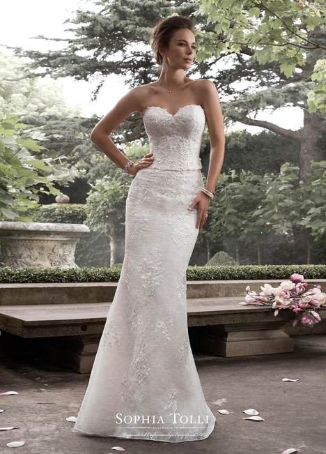 Y21764 gown from the 2017 Sophia Tolli collection, as seen on Bride.Canada