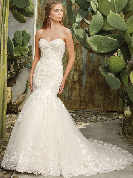 Flora (2293) gown from the 2017 Casablanca Bridal collection, as seen on Bride.Canada