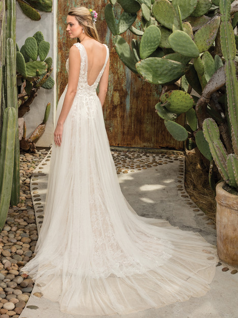 Sierra (2301) (back) gown from the 2017 Casablanca Bridal collection, as seen on Bride.Canada