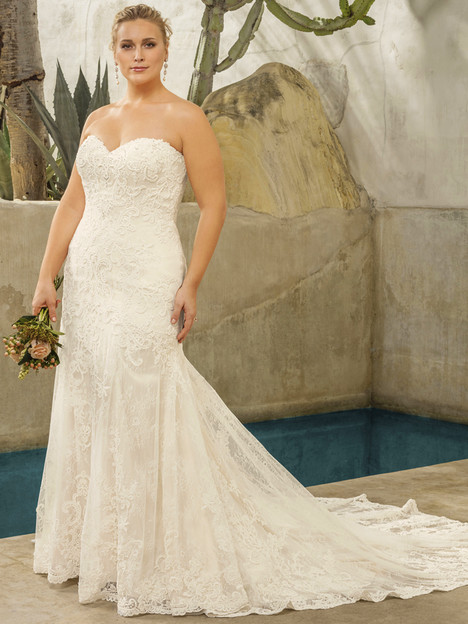 Avery (2294) (Classic Fit) gown from the 2017 Casablanca Bridal collection, as seen on Bride.Canada