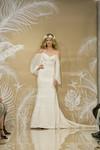 Theia : White Collection Sienna (890447)