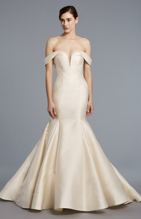 Fitzgerald gown from the 2018 Anne Barge collection, as seen on Bride.Canada
