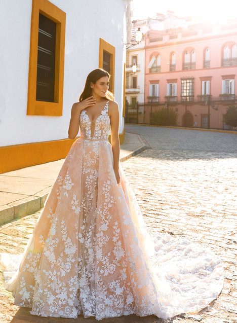 Lizel gown from the 2017 Crystal Sevilia collection, as seen on Bride.Canada