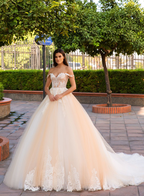 Merida gown from the 2017 Crystal Sevilia collection, as seen on Bride.Canada