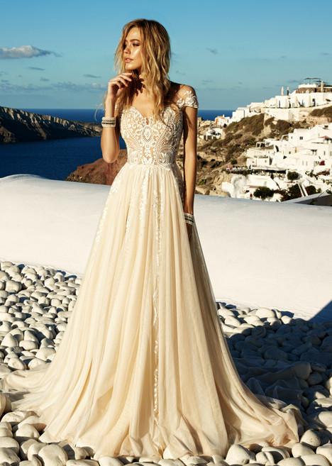 Cameron gown from the 2017 Eva Lendel Santorini collection, as seen on Bride.Canada