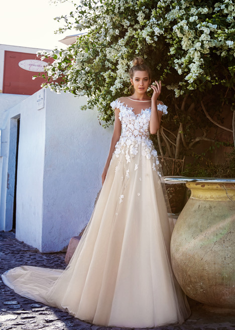 Holly gown from the 2017 Eva Lendel Santorini collection, as seen on Bride.Canada
