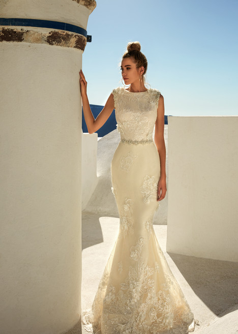 Maya gown from the 2017 Eva Lendel Santorini collection, as seen on Bride.Canada