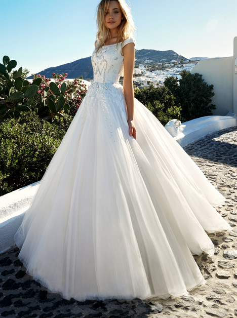 Thaiya gown from the 2017 Eva Lendel Santorini collection, as seen on Bride.Canada