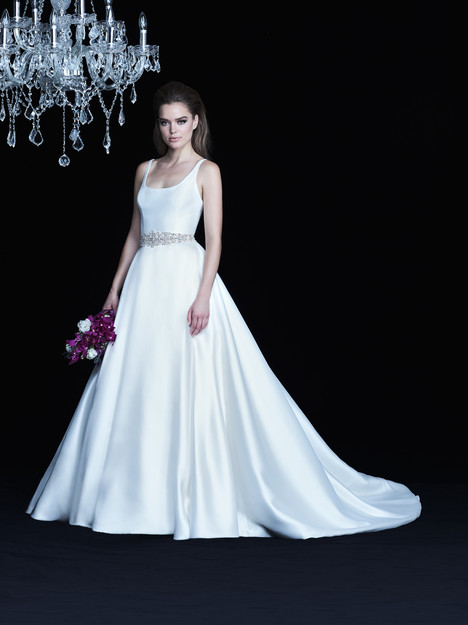 gown from the 2017 Paloma Blanca collection, as seen on Bride.Canada