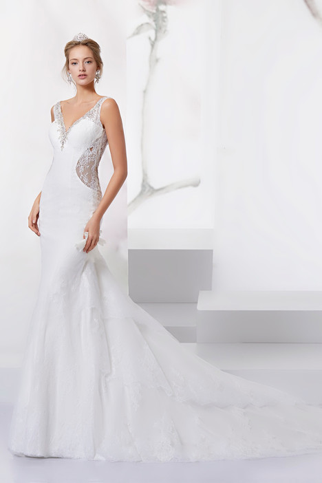 JOAB18473 gown from the 2018 Jolies collection, as seen on Bride.Canada