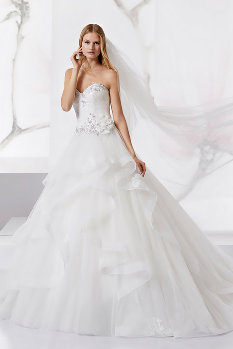 JOAB18498 gown from the 2018 Jolies collection, as seen on Bride.Canada