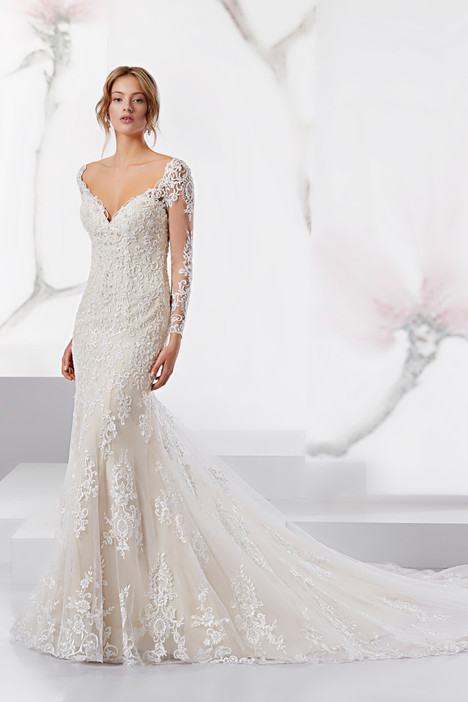 JOAB18516 gown from the 2018 Jolies collection, as seen on Bride.Canada