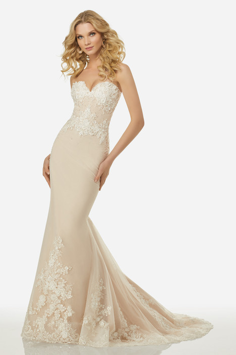 Elizabeth (3401) gown from the 2018 Randy Fenoli Bridal collection, as seen on Bride.Canada