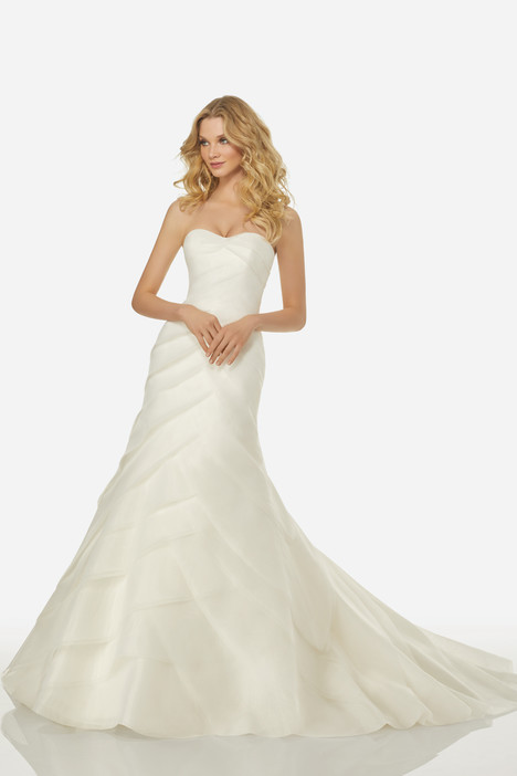 Celine (3406) gown from the 2018 Randy Fenoli Bridal collection, as seen on Bride.Canada