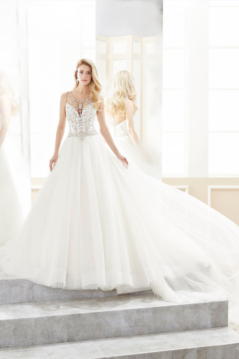 ROAB18812 gown from the 2018 Romance collection, as seen on Bride.Canada