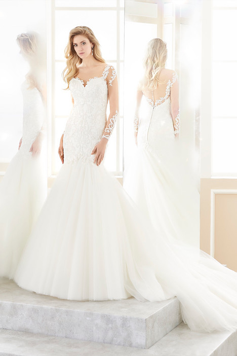 ROAB18855 gown from the 2018 Romance collection, as seen on Bride.Canada