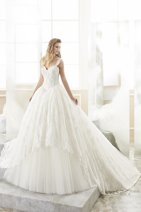 ROAB18867 gown from the 2018 Romance collection, as seen on Bride.Canada