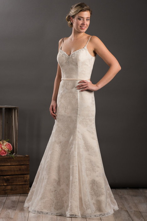 603 gown from the 2017 Bridalane collection, as seen on Bride.Canada