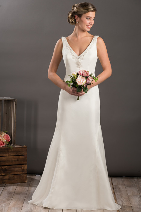 604 gown from the 2017 Bridalane collection, as seen on Bride.Canada