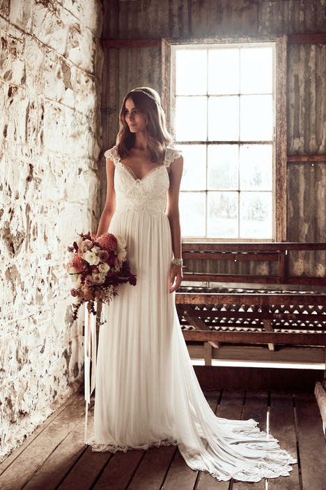 Savannah gown from the 2018 Anna Campbell collection, as seen on Bride.Canada