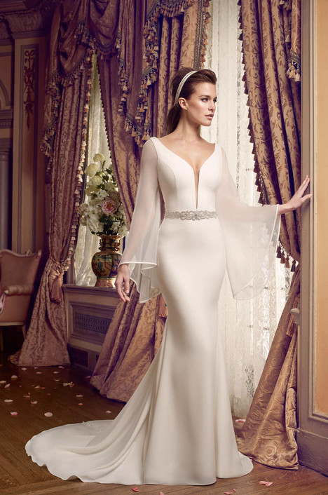 2169 gown from the 2017 Mikaella collection, as seen on Bride.Canada