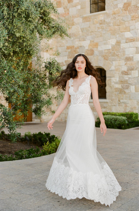 Chardonnay gown from the 2017 Claire Pettibone: Romantique collection, as seen on Bride.Canada