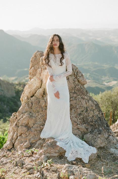 Shenandoah gown from the 2018 Claire Pettibone: Romantique collection, as seen on Bride.Canada