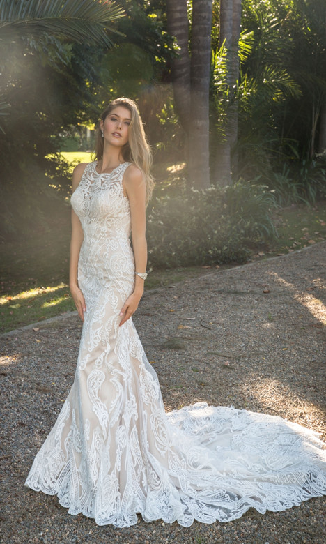 4333 gown from the 2018 Christina Rossi collection, as seen on Bride.Canada