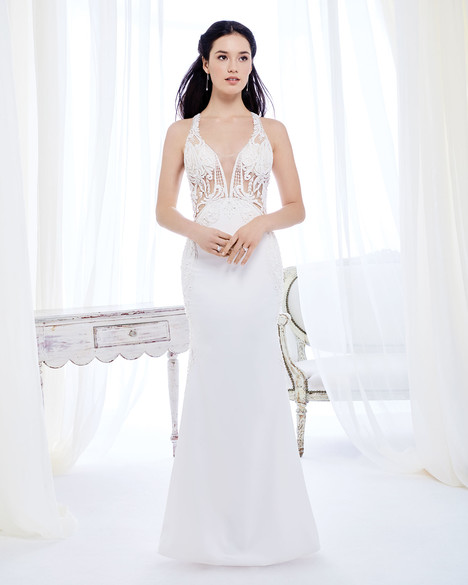 BE390 gown from the 2017 Ella Rosa collection, as seen on Bride.Canada