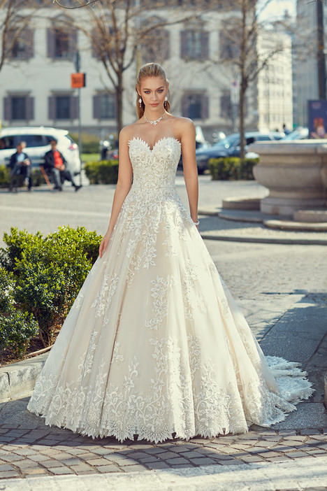 MD243 gown from the 2018 Eddy K Milano collection, as seen on Bride.Canada