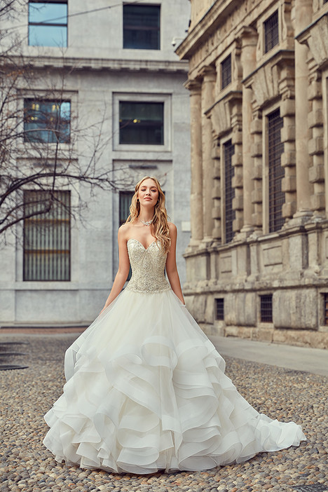 MD253 gown from the 2018 Eddy K Milano collection, as seen on Bride.Canada