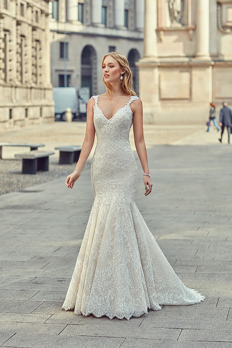 MD263 gown from the 2018 Eddy K Milano collection, as seen on Bride.Canada