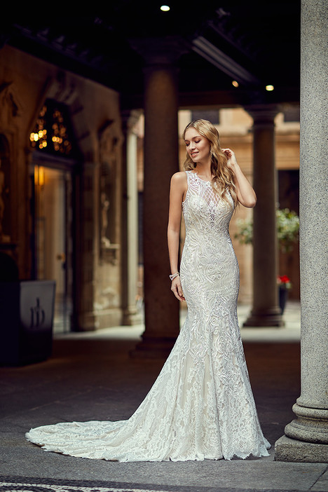 MD264 gown from the 2018 Eddy K Milano collection, as seen on Bride.Canada