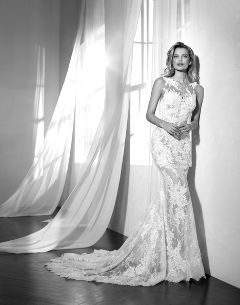 Zaltana gown from the 2018 Studio St. Patrick collection, as seen on Bride.Canada