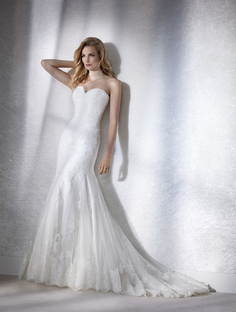 Faciel gown from the 2018 White One collection, as seen on Bride.Canada