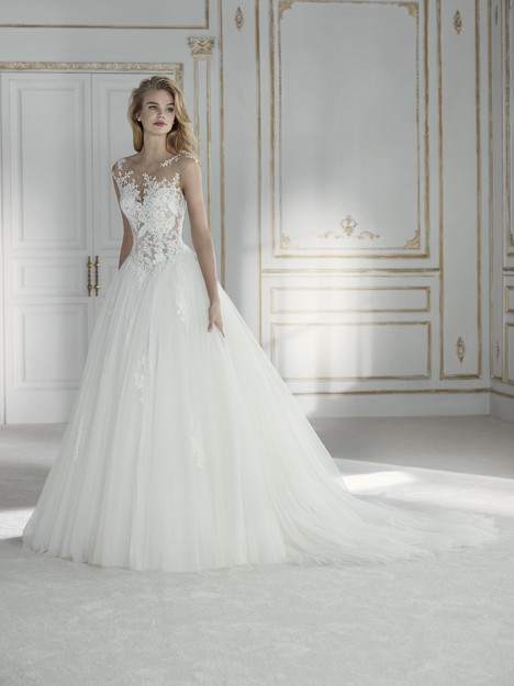 Petra gown from the 2018 La Sposa collection, as seen on Bride.Canada