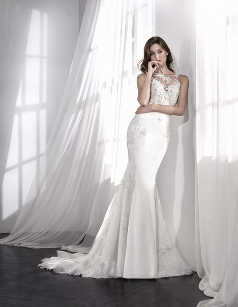 Leliz gown from the 2018 St. Patrick collection, as seen on Bride.Canada