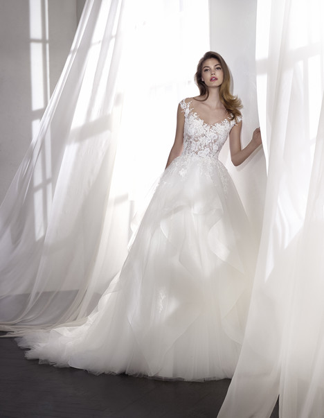Love gown from the 2018 St. Patrick collection, as seen on Bride.Canada