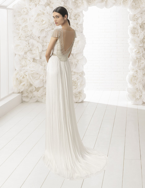 Walram gown from the 2018 Rosa Clara: Soft collection, as seen on Bride.Canada