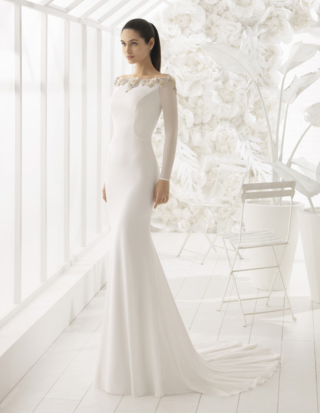Lan gown from the 2018 Rosa Clara: Soft collection, as seen on Bride.Canada