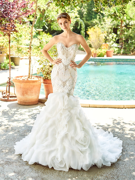 Copeland (D8142) gown from the 2018 Val Stefani collection, as seen on Bride.Canada